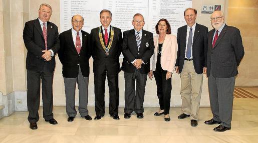 Armando Pomar, Jerónimo Sáiz, Emilio Martínez-Almoyna, Pancho Roses, Paquita Brotons, Jaume Jaume y Joan Manuel Bonnin.
