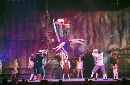 Espectáculo Pirates que tiene lugar en Magaluf y que atrae cada verano a miles de visitantes.