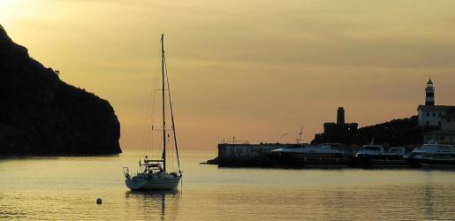El Port de Sóller presenta una panorámica que pocos lugares pueden igualar.