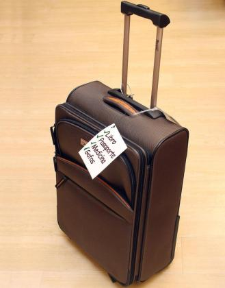 Una lista con lo imprescindible que debemos llevar en la maleta nos ahorrará contratiempos a la hora de viajar.