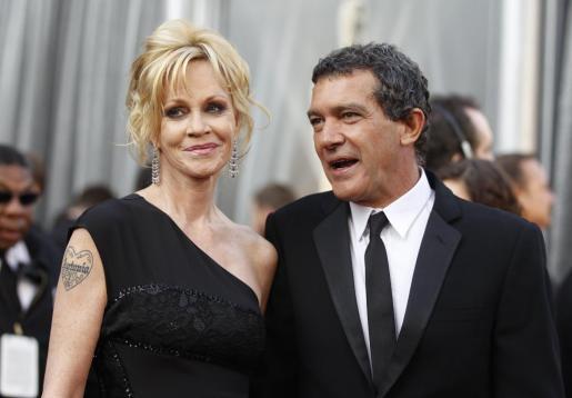 Melanie Griffith y Antonio Banderas durante la 84 edición de la ceremonia de entrega de los Premios Óscar en Hollywood.