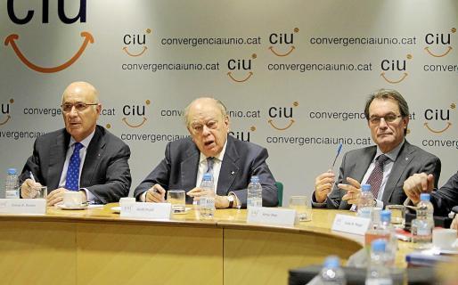 El secretario general de CiU, Josep Antoni Duran Lleida; el presidente fundador, Jordi Pujol, y el presidente, Artur Mas.