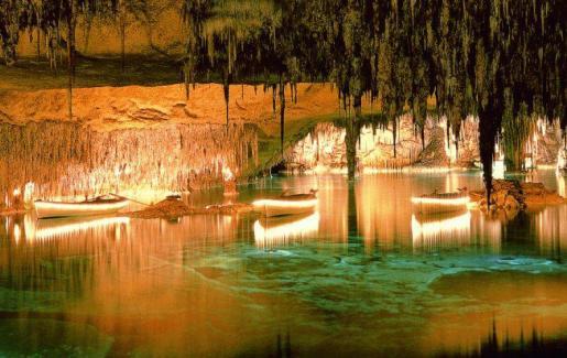 Las cuevas del Drac, en una espectacular imagen.