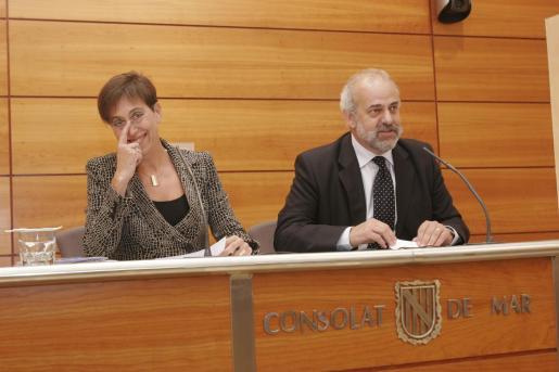 Los conselleres Joana Barceló y Albert Moragues asumirán mañana nuevas competencias tras la desaparición de las consellerias de Trabajo y Agricultura.