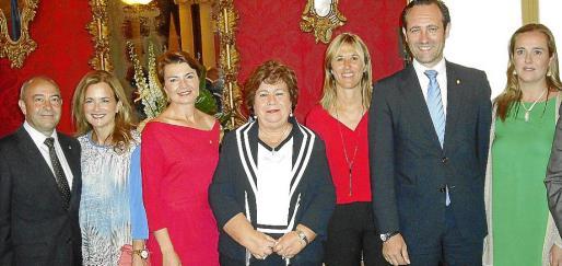 Antonio Gómez, Gari Durán, Margalida Durán, María Luisa Cava de Llano, Teresa Palmer, José Ramón Bauzá y María Antonia Garau.