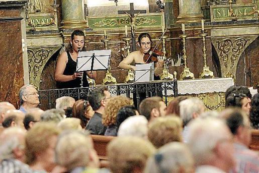 Música en la iglesia de Sóller en homenaje a María Rosa.