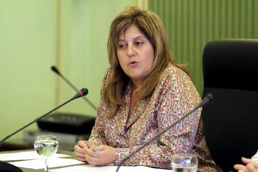 La consellera de Educación, Cultura y Universidades, Joana Maria Camps, durante una reunión de la Mesa Sectorial de Educación.