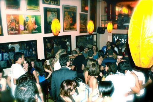 Garito Café, un lugar donde escuchar música y bailar.