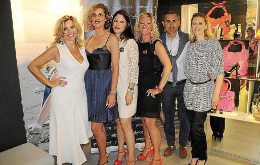 Daniela Gangaglia, Leticia Caliz, Mariana López-Tapia, Sonia Zollén, Paolo y Miriam Gangaglia