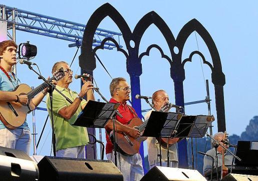 El grupo especializado en habaneras Ben Trempats, en una actuación en 2013 en Sóller.