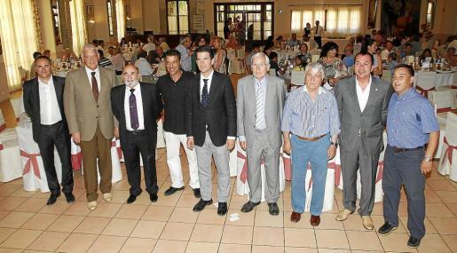 La Hermandad de Alfonsinos celebra el 98 aniversario en un acto marcado por la emoción y el deseo de regresar a Primera.