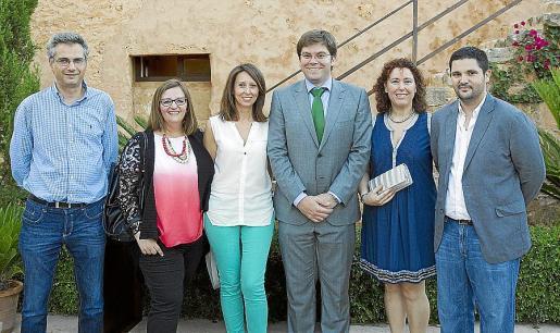 Antoni Aguiló, Jeanne LaFuente, MªJosé Sastre, Martí Sansaloni, Ana Mª Jiménez y Miquel Bennàsar.