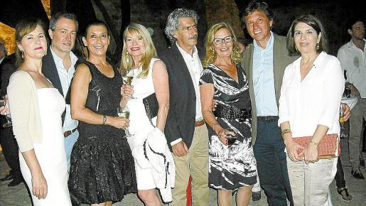 Joana Llabrés, Vicente Rosselló, Concha Díaz, Marita Rehme, Pere Colom, Xisca Colomar, Mateo Isern y Concha Calvo.