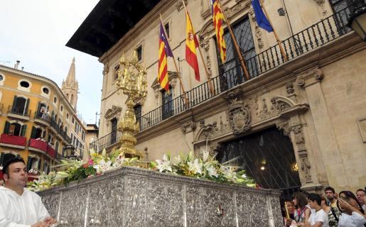 La celebración del Corpus en Palma revistió gran solemnidad.