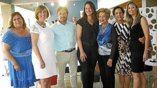 Angie Guerrero, Esperanza Catalá, Manuel Onieva, Mar Soler, María Antonia y Francisca Bennássar e Inma Sanguino.