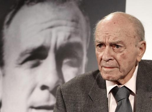 """El ex jugador y presidente de honor de Real Madrid, Alfredo Di Stéfano, durante la presentación del libro """"Di Stéfano. Historias de una leyenda"""", en una imagen de archivo."""