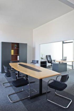 Una de las salas de las que dispone Alphatrad.