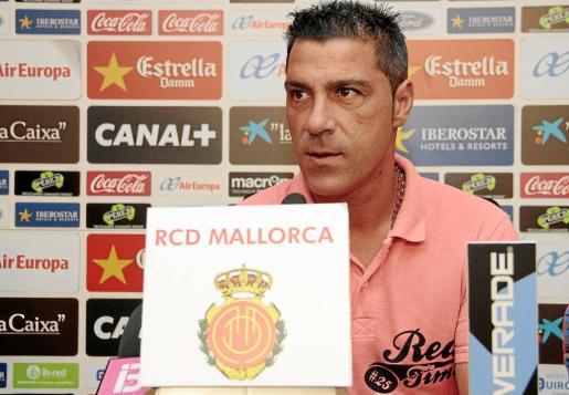 Después de un breve paso por el banquillo de la primera plantilla, Olaizola regresa al fútbol base para dirigir al Mallorca B en su reencuentro con la categoría de bronce.