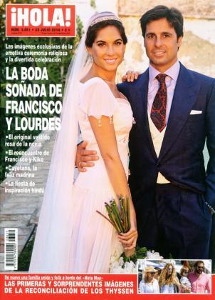 Imagen de la portada de la revista 'Hola' que publica un amplio reportaje sobre la boda eclesiástica de la pareja.