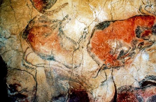 Fotografía de archivo de las pinturas rupestres en las Cuevas de Altamira en la localidad de Prado de Altamira en Santillana del Mar (Cantabria).