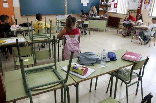 Imagen de uno de los centros escolares públicos de las Islas con pocos alumnos.