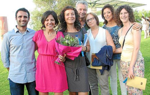 Joan Cánaves, Cristina Sanchís, Ester y Alberto Cerezo, Ángeles Roselló, Tina y Yolanda Fernández.