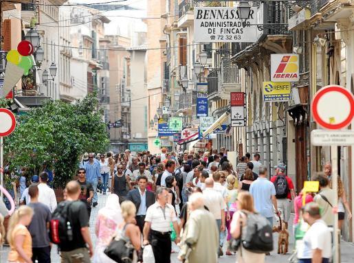 La Insularidad le cuesta a los comercios unos 7.000 millones de euros debido a las desventajas que sufren para importar y exportar.