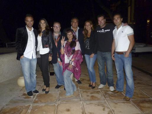 José Manuel Maíz, Nuria Fergó, Tommy Ferragut, Mónica Serra, Fofo Robledo, Ana Heras, Óscar Ruiz y Toni García.