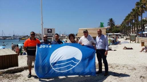 La playa del Port y la del Dolç cuentan con bandera azul.