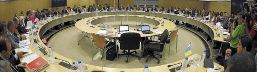 El ministro Montoro informó a las comunidades en el Consejo de Política Fiscal y Financiera del dinero que les enviará el año que viene.