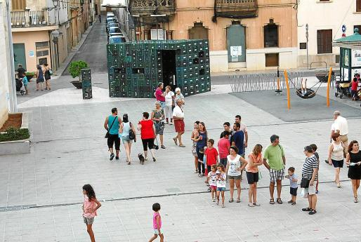 Los espacios públicos fueron también escaparates para el arte contemporáneo en Campos.
