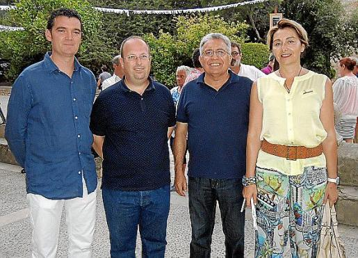 Joan Ramón Mateu, Rafel Ballester, Nadal Moragues y Teresa Ferré.