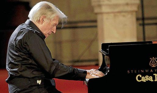 El pianista Joaquín Achúcarro participó en el festival Serenates d'Estiu en el año 2012, donde interpretó piezas de Chopin, Mompou y Montsalvatge.