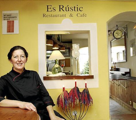 Ana Marroig, en el restaurante Es Rustic.