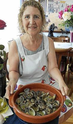 Las almejas al Oli de Mallorca D.O. de Xisca Aguiló Company.