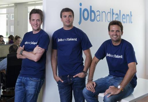 Los tres fundadores de Jobandtalente, a la izquierda el mallorquín Felipe Navío.