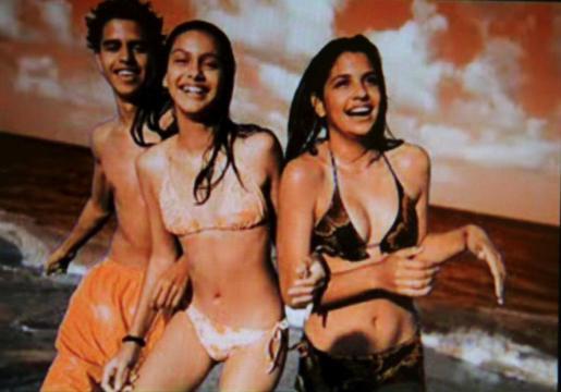 Fotogramas del videoclip.