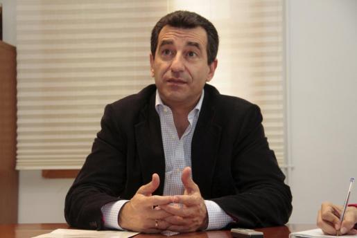 El conseller de Agricultura, Medio Ambiente y Territorio, Biel Company, durante una entrevista.