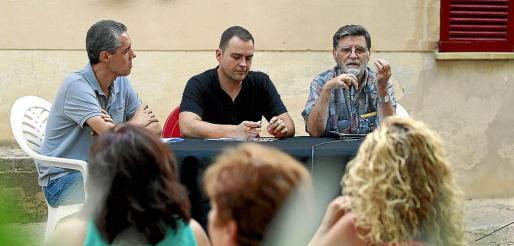 La Casa Llarga fue el marco en el que se celebró el encuentro de análisis político sobre el independentismo que organiza ERC de Mallorca en el que participaron Joan Mir, Josep Palou y Joan Lladó, entre otros. g Foto: M.A.C.
