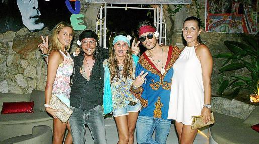 Cristina Arráez, Toni Orus, Vicki Grau, Charlie Tirado y Verónica Poyatos.