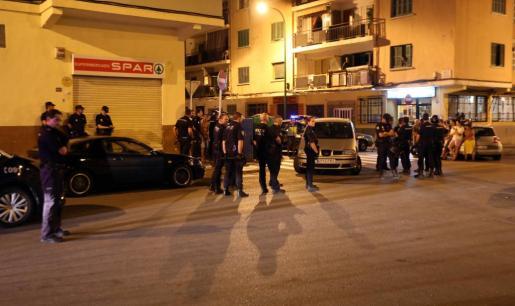 Al lugar de los hechos se desplazaron la Policía Local y la Unidad de Intervención Policial (UIP).