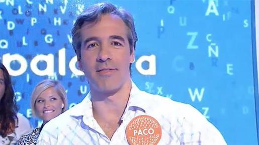 El concursante de Pasapalabra, Pablo de benito, tras compeltar el rosco por el cual ganó un bote de 362.000 euros