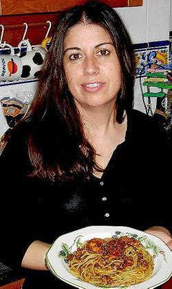 Los espaguetis a la putanesca de Caty Massot Morales.