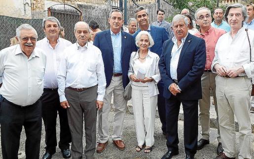 Pere A. Serra, Toni Pons, Tolo Oliver, Carlos Simarro, Rosa Mayoral (viuda de Dausset), Michel Magnier, Joan Albertí, Macià Tomàs y Chirstian Ficat.