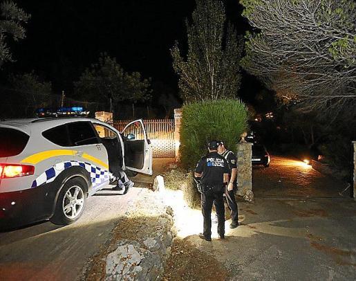 La Policía Local de Valldemossa se personó en el lugar.