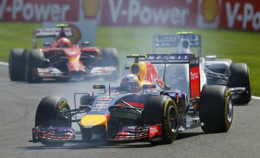 El australiano Daniel Ricciardo lidera el Gran Premio de Bélgica.