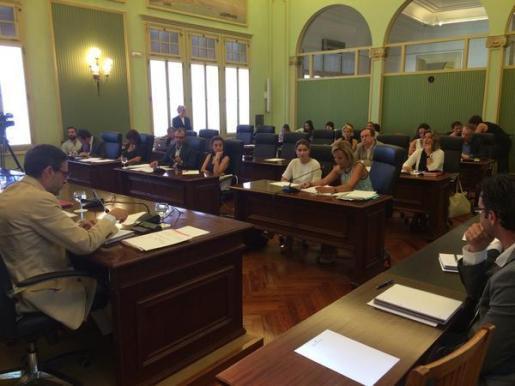 El conseller de Hacienda y Presupuestos, José Vicente Marí, ha facilitado esta información durante la comparecencia ante la Diputación Permanente del Parlament.