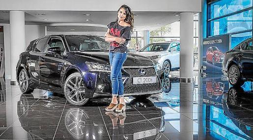 Lexus ha encontrado en la joven actriz, Adriana Ugarte, a su perfecta aliada.