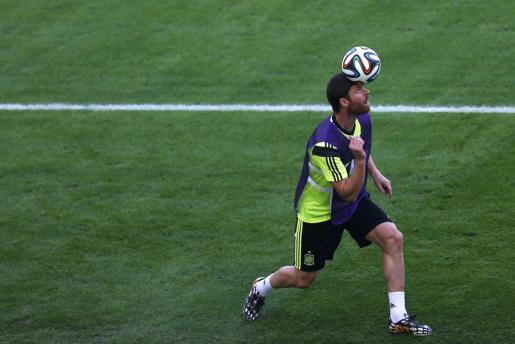 Xabi Alonso durante un entrenamiento con la selección española durante el pasado mundial de Brasil.