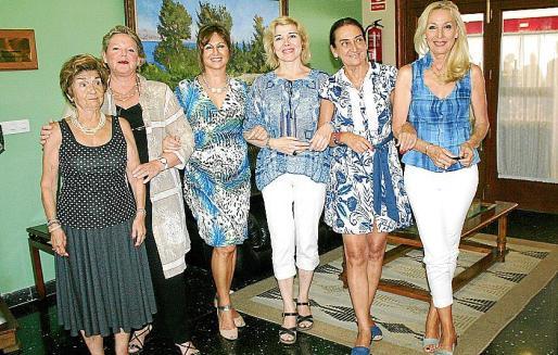 Aina Ferrando, Margarita Vidal, Rosa Ruesga, Ana Díaz, Amalia Estabén y Concha Gómez.